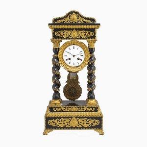 Empire Stil Uhr
