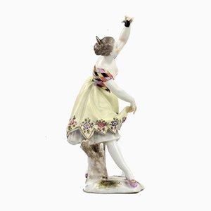 Figura de porcelana de bailarina con castañuelas