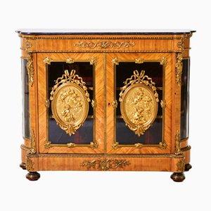 Cómoda estilo Luis XVI