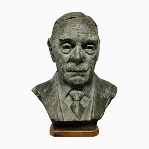 Busto de bronce al estilo de Jacob Epstein