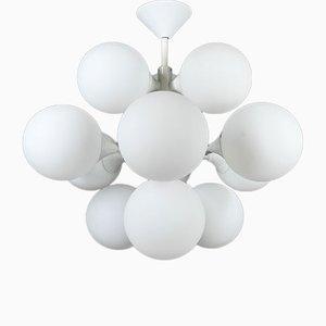 Lámpara de techo Sputnik blanca con 12 globos de vidrio opalino de Kaiser Leuchten, Germany, años 60