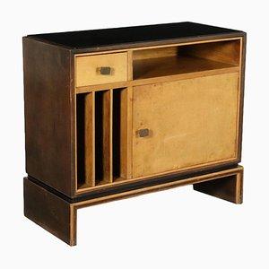 Mueble Art Déco de chapa de madera nudosa y vidrio, años 20