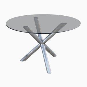 Tisch mit Kreuzgestell aus Chrom