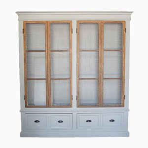 Showcase Cabinet with Net
