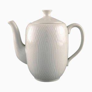 Cafetera blanca de Axel Salto para Royal Copenhagen, años 60