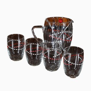 Bicchieri, brocca e mestoli decorati con stelle rosse e bianche, Italia, anni '50, set di 9
