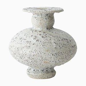 Cálpide Granito Stoneware Vase by Raquel Vidal and Pedro Paz
