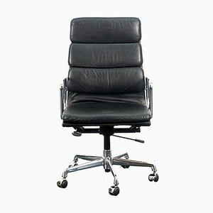Chaise de Bureau EA219 Mid-Century en Chrome et Cuir par Charles & Ray Eames pour Vitra, Allemagne
