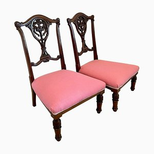 Hochwertige antike viktorianische Beistellstühle aus geschnitztem Mahagoni, 2er Set