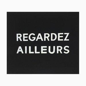 Suite Macerata: REGARDEZ AILLEURS de Ben Vautier
