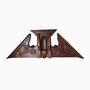 Frontón piramidal estilo Henri IV de nogal