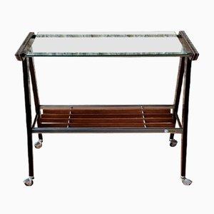 Mesa auxiliar vintage de vidrio y metal cepillado con ruedas de Zuenelli, años 60