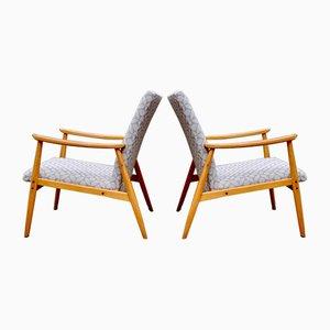 Tschechische Armlehnstühle aus hellem Holz, 2er Set