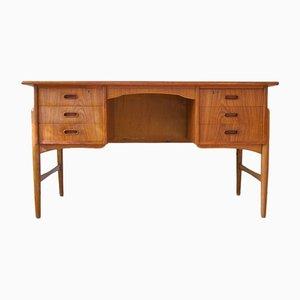 Dänischer Mid-Century Schreibtisch aus Teak & Eiche, 1950er