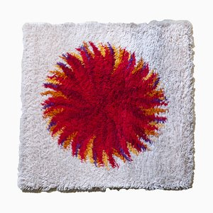 Red Dahlia Rya Carpet from Gram