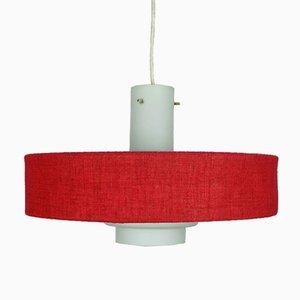 Lámpara colgante Mid-Century moderna de vidrio blanco y tela roja, años 60