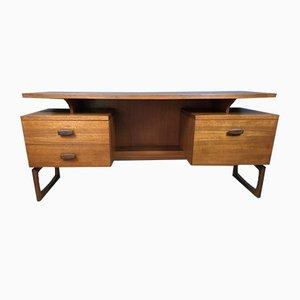 Mid-Century Teak Quadrille Schreibtisch mit schwebender Tischplatte von G-Plan