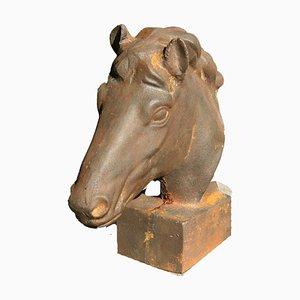 Escultura de caballo de hierro fundido, años 70