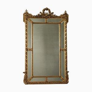 Spiegel im neoklassizistischen Stil