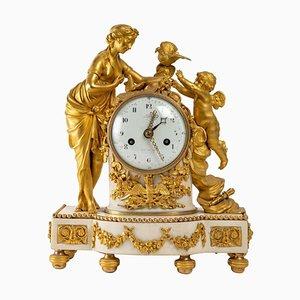 Uhr aus vergoldeter Bronze und weißem Marmor