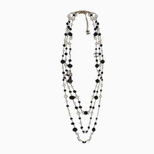 Collar de perlas de 3 hilos con figura de Coco esmaltada del 100 aniversario de Chanel