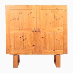 Mueble Mid-Century de pino con tiradores de cuero, años 70
