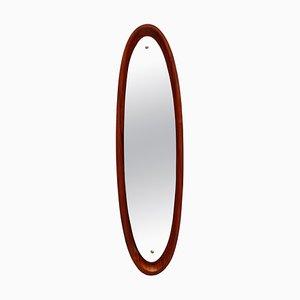 Espejo de pared italiano con marco ovalado de teca, años 60