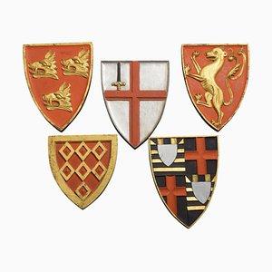 Placche con stemma intagliato, set di 5