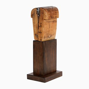 Escultura Waningo II de madera de Rolf Hans para the Work Group Poetry of Things, 1988