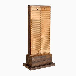 Escultura de madera sin título, de Rolf Hans para the Work Group Poetry of Things, 1987