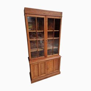 Mueble de farmacia antiguo de roble, años 30