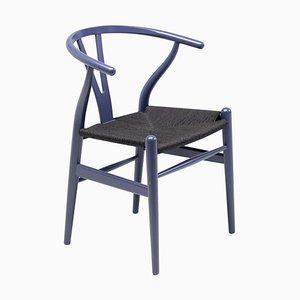 Silla Wishbone CH24 morada con asiento de hilo de papel negro de Hans Wegner para Carl Hansen
