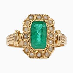 Französischer Ring aus 18 Karat Gelbgold mit natürlicher Perle und Smaragd, 19. Jh