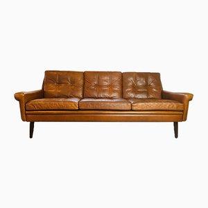 Cognacfarbenes dänisches Vintage 3-Sitzer Sofa von Svend Skipper, 1960er
