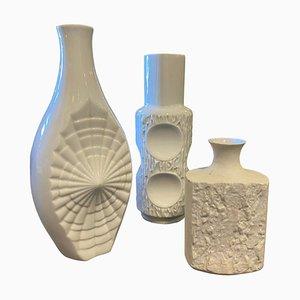 Jarrones alemanes modernistas de porcelana blanca, años 80. Juego de 3