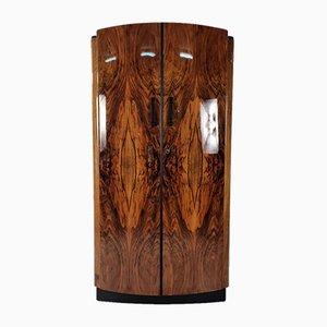 Art Deco Kleiderschrank aus Nussholz von Jindřich Halabala für UP Závody, 1950er