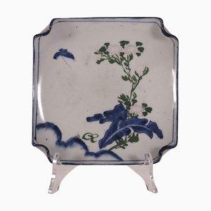 Plato japonés de porcelana