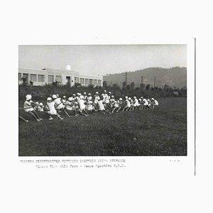 Unbekannt, Tauziehen, Vintage s / w Foto, 1930er