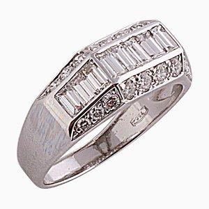 1,96 Karat Baguette und Runde Diamanten Ring aus 18 Karat Weißgold