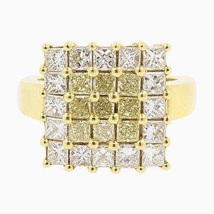 Anillo de cóctel de 3.82 kt con diamantes blancos y amarillos de Rota E Rota