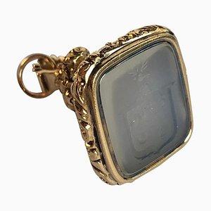 Cristal de roca blanco translúcido tallado a mano en sello de oro amarillo de 18 kt