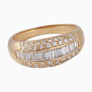 Ring aus 18 Karat Gold mit 1,20 Karat Baguette und 0,40 Karat Brilliant Diamanten