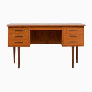Dänischer Freistehender Teak Schreibtisch mit Geschwungener Tischplatte und 6 Schubladen, 1960er