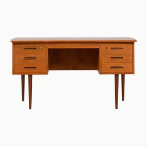 Danish Free Standing Teak Desk with Curved Top and 6 Drawers, 1960s