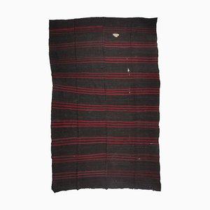 Übergroßer türkischer minimalistischer rot gestreifter Vintage Kelim Teppich