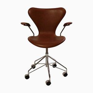 Seven Modell 3217 Bürostuhl von Arne Jacobsen und Fritz Hansen