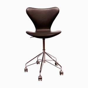 Black Leather Seven Model 3117 Office Chair by Arne Jacobsen and Fritz Hansen