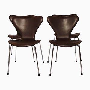 Sedie nr. 3107 della serie 7 di Arne Jacobsen e Fritz Hansen, 1967, set di 4