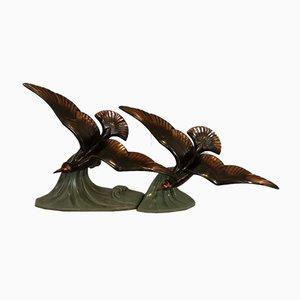 Art Deco Metallskulptur von Zwei Vögeln auf Welle mit grüner Patina von Tedd
