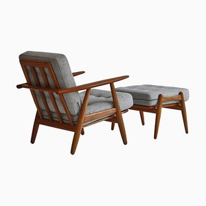 Modell GE-240 Sessel & Fußhocker aus Eiche & Teak von Hans J. Wegner für Getama, 1950er, 2er Set